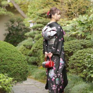 神栖市のお客様 谷屋日本庭園で二十歳の記念写真